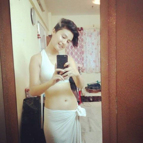 Airtel 4G girl Top extremely hot pictures