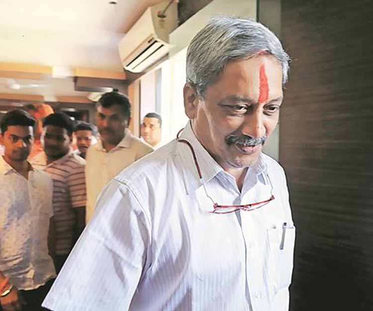 BJP's Manohar Parrikar sworn-in as Goa chief minister