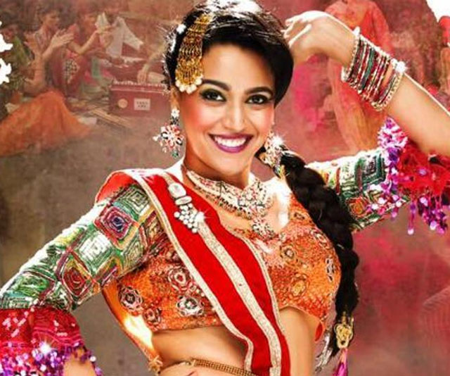 Modern day 'Anaarkali' aka Swara performs on the music launch of her upcoming film