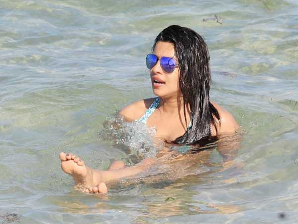 Priyanka Chopra Chills At Miami Beach