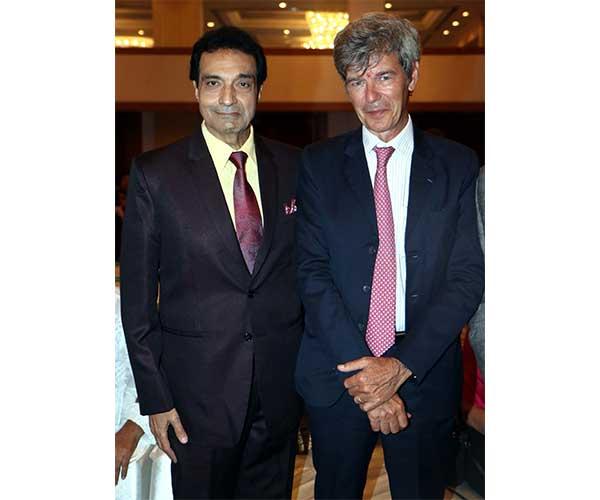 Dheeraj Kumar & Yves Perrin