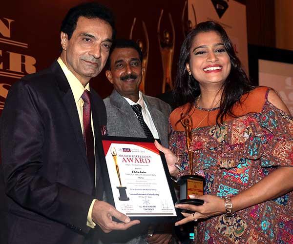 Dheeraj Kumar,Abhishek Bachchan & Ekta Jain