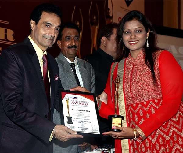 Dheeraj Kumar,Abhishek Bachchan & Sonal Sonkavde