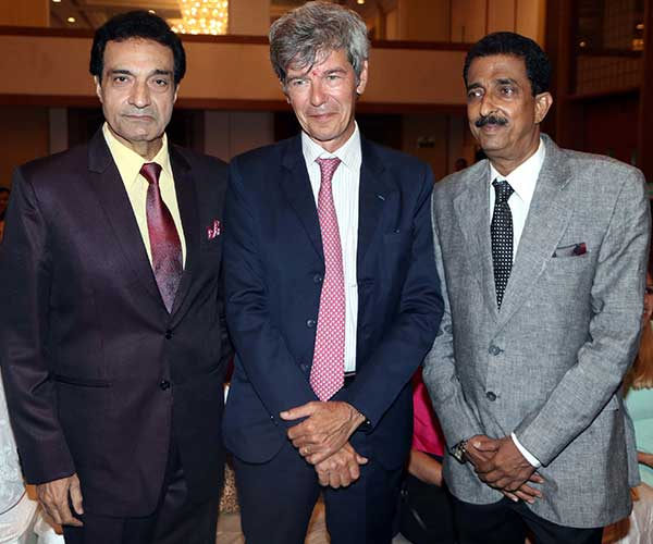 Dheeraj kumar, yves perrin & abhishek bachchan