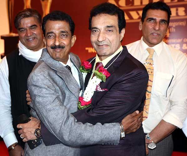 Surendra Pal,Abhishek Bachchan,Dheeraj Kumar & Mukesh Rishi