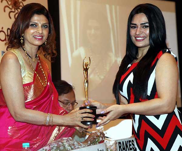 Varsha Usgaonkar & Renee Dhyani